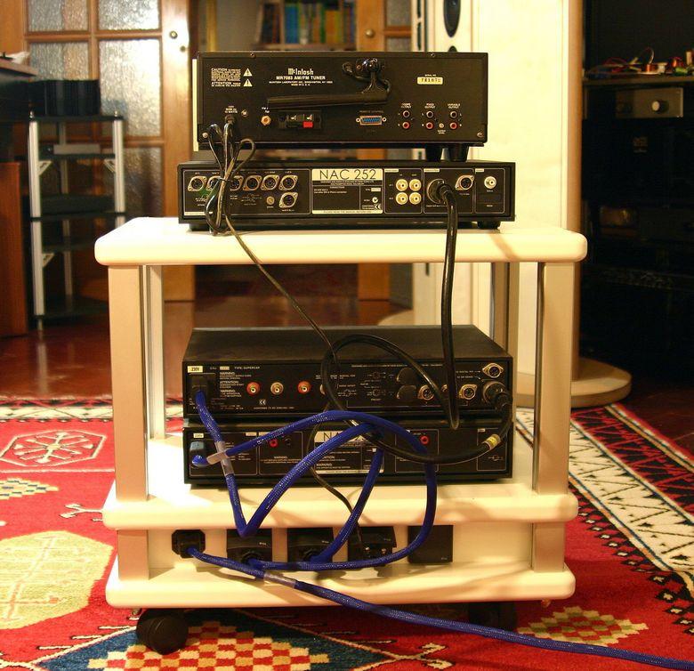 1 Audio Table IMG_3993 taglia 780 pix
