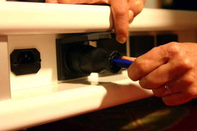Audio Table IMG_4063 780 pix